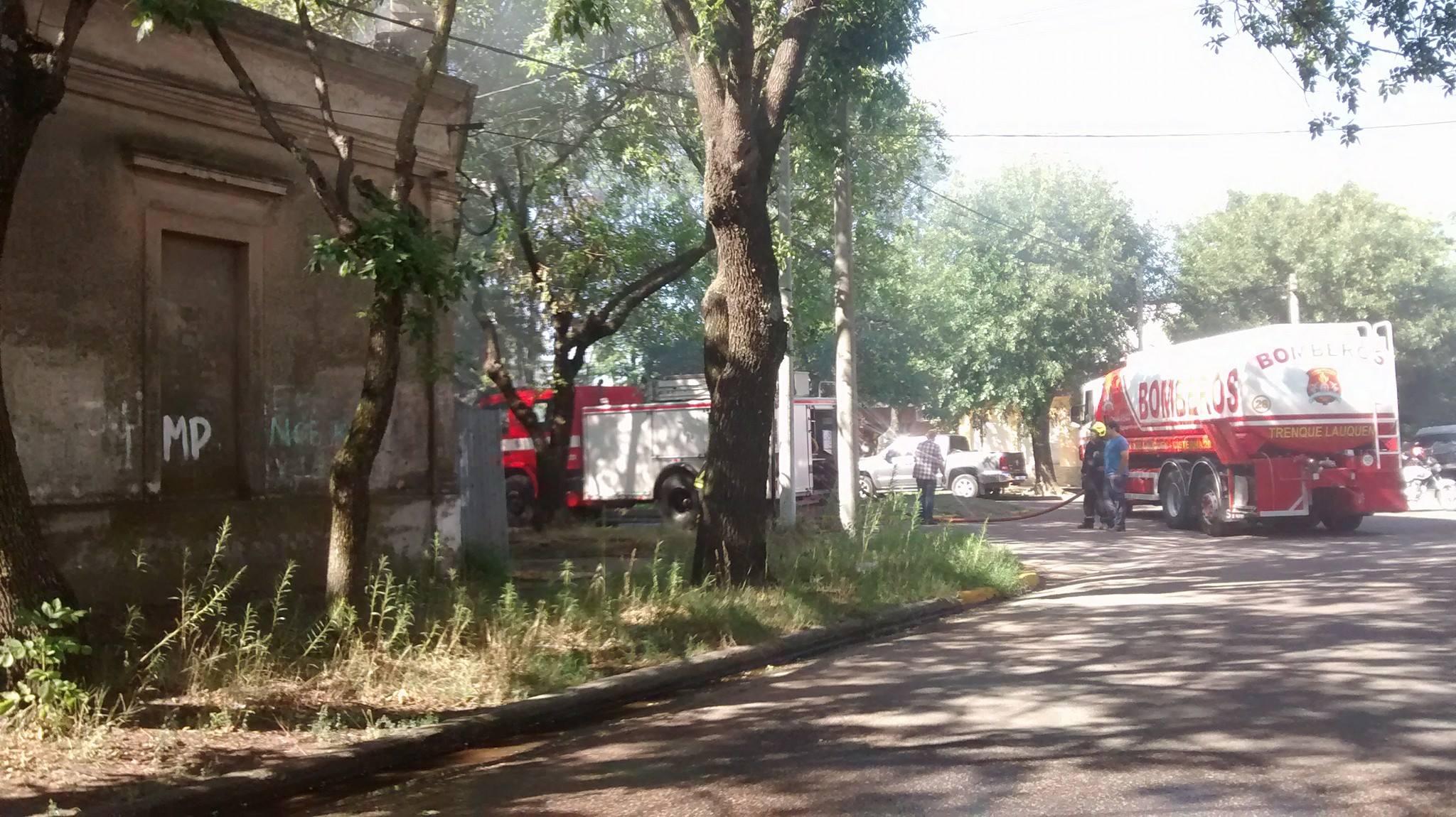 Incendio en la esquina de Ugarte y Ameghino