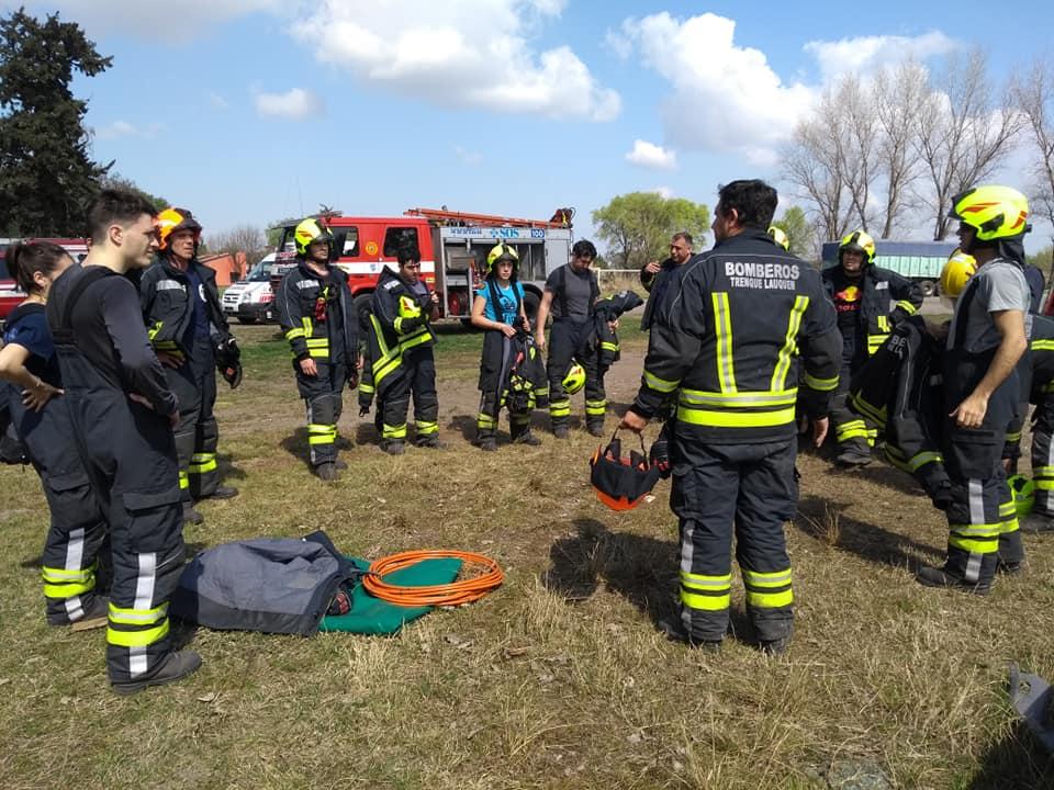 Práctica de rescate vehicular