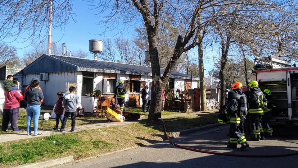 Incendio de vivienda en calle Sáenz Peña