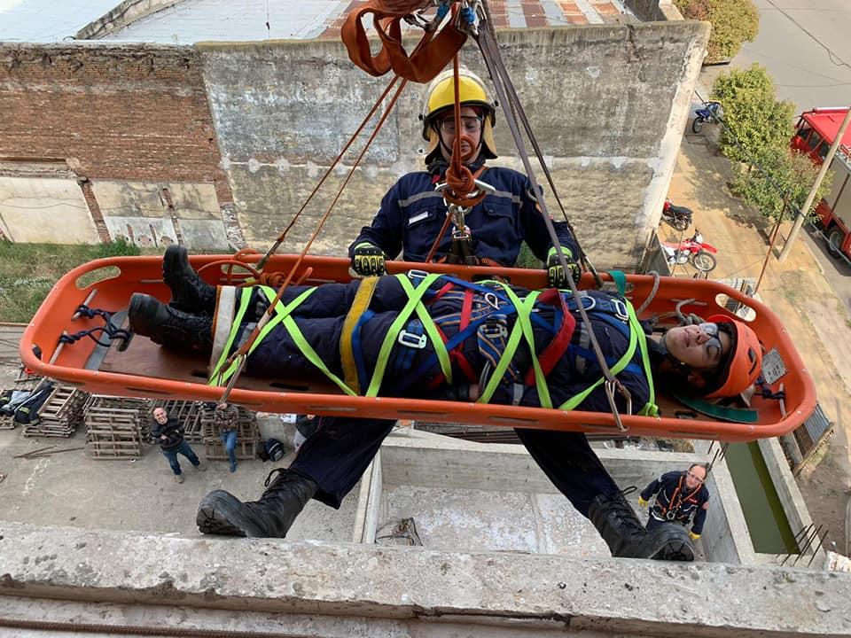 Capacitación a bomberos de la Región Centro Oeste